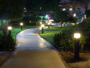 Low Voltage Outdoor Lighting Services in Highland Heights, OH